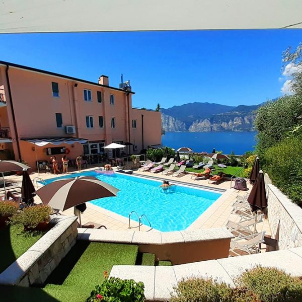 Hotel Antonella Malcesine - Hotel - Gallery - vista - piscina