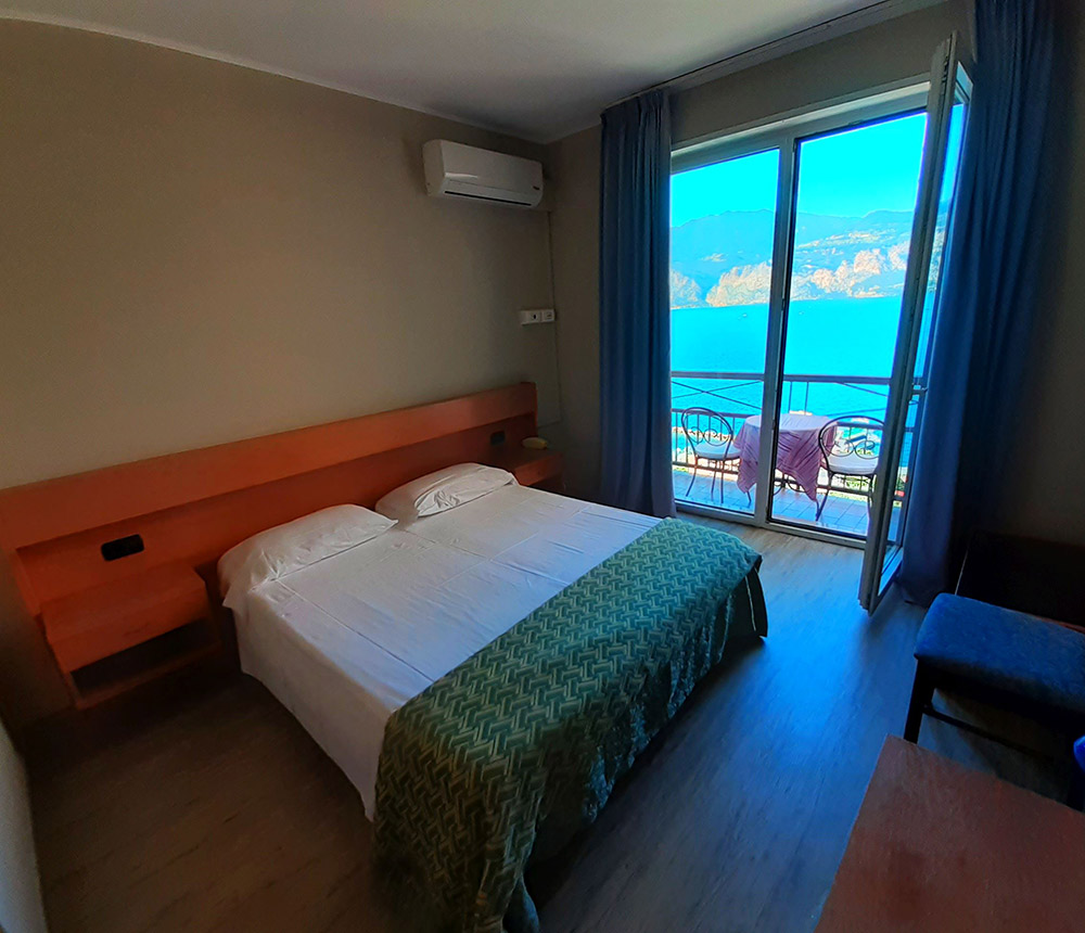 Hotel Antonella Malcesine - Hotel - Slider - camera