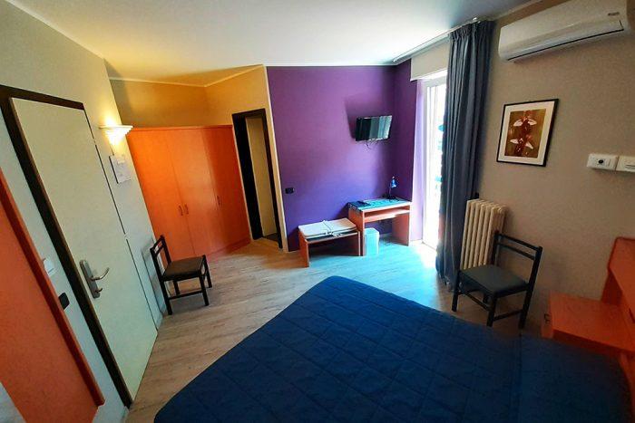 Hotel Antonella Malcesine - Camere - vista - monte - interno